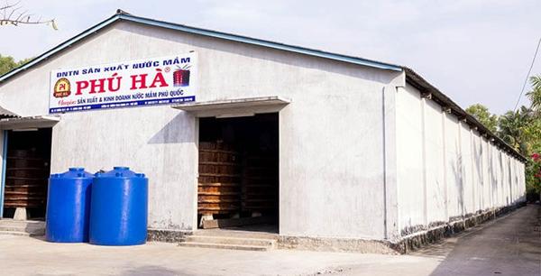 Xưởng sản xuất nước mắm Phú Quốc Phú Hà