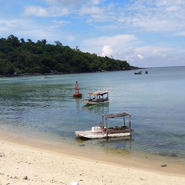 Ngắm hoàng hôn Phú Quốc tại mũi Gành Dầu