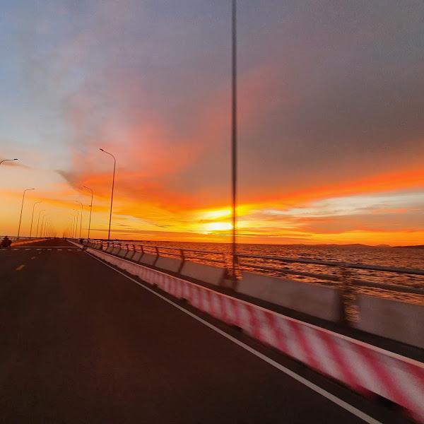 Cầu cảng Quốc Tế - Một địa điểm ngắm hoàng hôn tại Phú Quốc